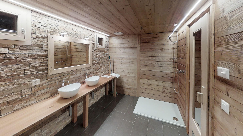 Chalet-Mimique-Bathroom (1)-min